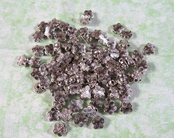100 Silver Tone Star Spacer Beads 11x9mm (B404n)