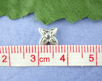 PM51 - Set of 18 beads star silver-plated 8x8mm