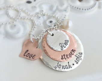 Personalized Jewelry . Mother Necklace . Grandmother Necklace . Mothers Day . Name Necklace . Engraved Names . Custom