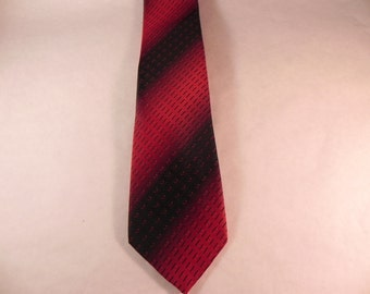 Vintage Mans Necktie by Wembley  From the 1960's