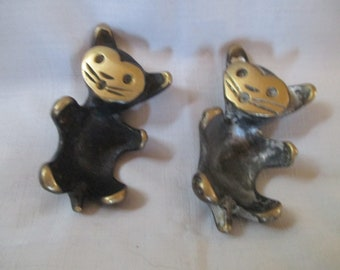 Set of 2 Metal Brass Walter Bosse Style Egg Holder Cats