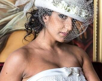 Top hat Ivory, veil, altertinative bride, rockabilly, steampunk, winter wedding, couture, Victorian,shabby chic, Georgian, Marie Antoinette