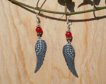 Dangle earrings silver feather and shiny red glass bead