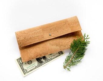 Vegan wallet, cork wallet, cork clutch, vegan purse, traveller wallet, vegan leather wallet, simple cork wallet