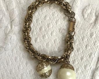chain link bracelet . Judy Lee . Judy Lee bracelet . charm bracelet . pearl charm bracelet . retro bracelet