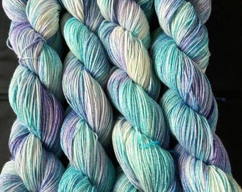 "100g hand-dyed knitted yarn/socks wool with cotton and silk ""lagoon"""