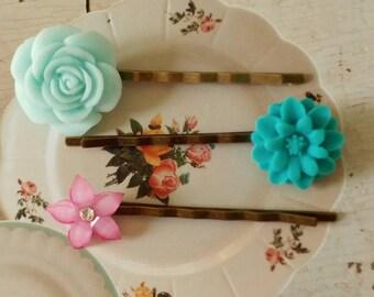 Sweet Vintage Style Flower Hair Pins
