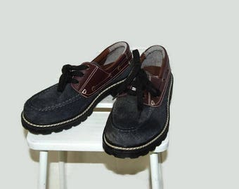 Suede leather boat shoes