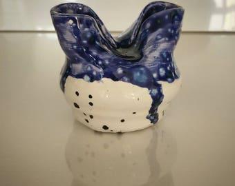 Unique Shape Porcelain Pot