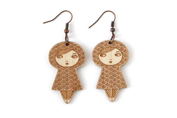 Doll earrings with seikaiha pattern - graphic matriochka jewelry - kawaii kokeshi jewellery - japanese cute earrings - lasercut maple wood