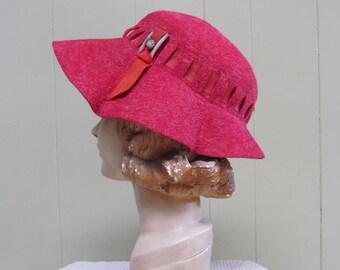 Vintage 1940s Hat / 40s Heathered Red Wool Felt Bucket Hat