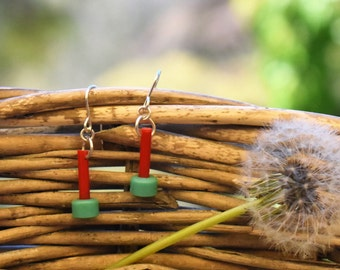 Vintage knitting needle earrings red and mint green