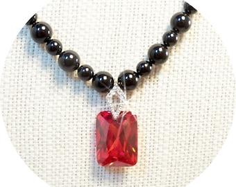 Halskette, rot und schwarz, schwarz und rot, schwarze Perlen, roten Anhänger, elegant, Urlaub Schmuck, schwarzen Schmuck, rote Jewlelry, CZ-Anhänger