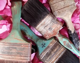 Vintage Paint Brushes Really Cool Colors