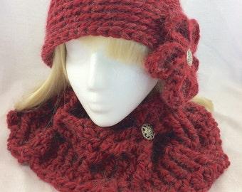 Red cowl scarf, crochet cowl, crochet infinity scarf, crochet circle scarf, neck warmer, red scarf, red alpaca cowl, red cowl