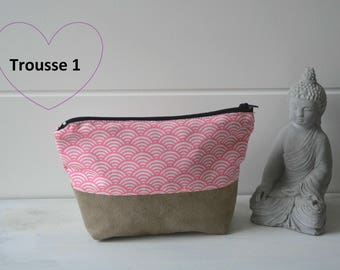 Kit / toiletry bag / pouch / trapezoid clutch / make-up pouch / case