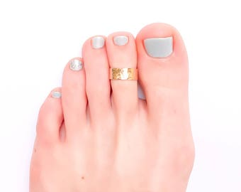 Gold Toe Ring, Hammered Toe Ring, Gold Filled Toe Ring, Summer Jewelry, Foot Jewelry, Toe Ring Gold, Adjustable Toe Ring