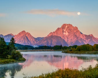 Moonset over Oxbow Bend