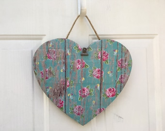 Rustic Florals Heart Shaped Wooden Hanging Clip Frame