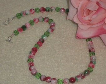Red, Green & White Candy Jade Gemstone Beaded Necklace   FREE SHIPPING