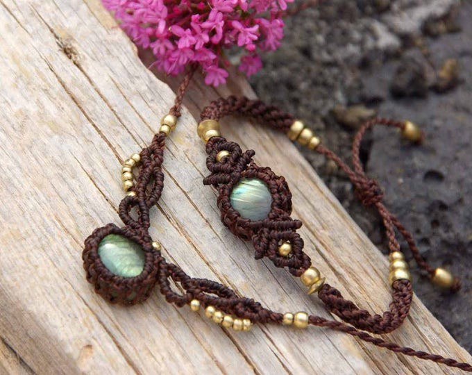 Macrame necklace, with magic LABRADORITE, brass beads, nickel-free, fairy jewelry, tribal necklace, amulet labradorite