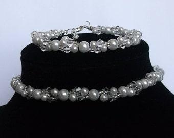 White pearl jewellery set, pearl bracelet, choker necklace, bridal necklace set, bridal jewellery set, prom jewellery, bridesmaid gift