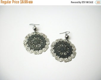 ON SALE Retro Over Sized Open Cut Silver Gray Lighter Weight Alloy BOHO Earrings 25217