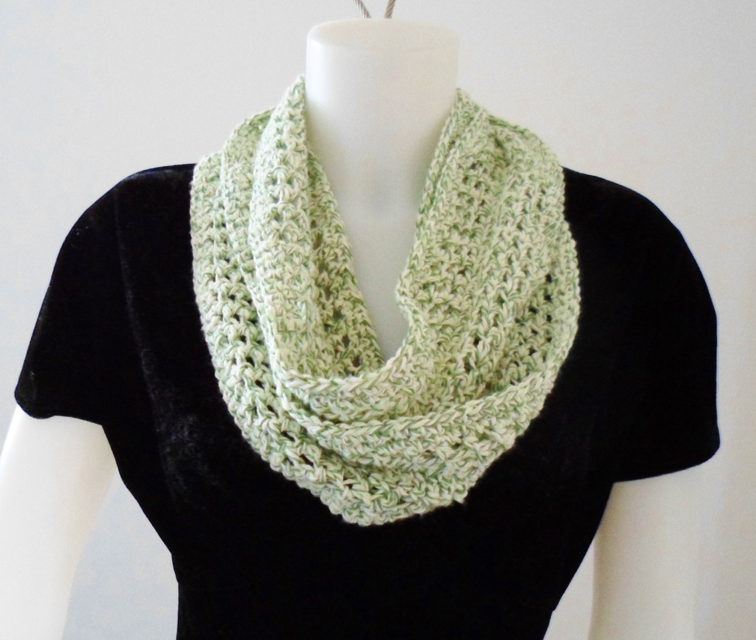 Crochet Pattern for a Summer Size Infinity or Mobius Loop Scarf in ...
