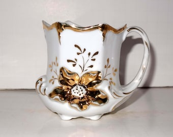 White & Gold Leaf Raised Wild Flowers Footed Tea Cup #T03 Home and Garden Kitchen and Dining Tableware Drinkware Coffee and Tea Cups