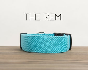 "Modern Blue Geometric Crosshatch Dog Collar ""The Remi"""