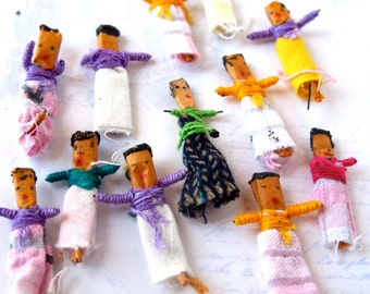 Vintage Hand Made Worry Dolls (4X) (J508)