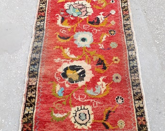 "Oushak Small Rug, Vintage Small Rug, Small Rugs, Home Living, Floor Rugs, Oushak Pillow Rug, Yastik, Runner Small Rug, Old Rug 3'7"" x 2'3"""
