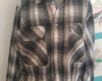 Heavy weight vintage 1970s men's flannel shirt size Large