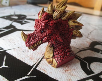 Mini buste de dragon peint a la main