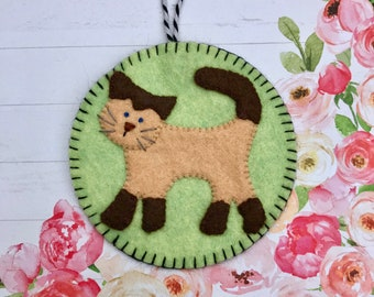Wool Felt Siamese Cat Ornament, Kitty, Kitten, Hanging Decoration, Hanging Ornament, Applique, Handmade