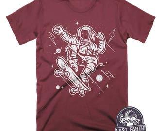 Astronaut on a Skateboard Shirt   Space Shirt   Skateboarder Gift   Funny Shirts   Skateboarder T Shirt   Astronaut Shirt   Mens Graphic Tee