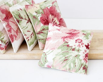 Barkcloth Lavender Sachets, Cottage Roses Decor, Scented Drawer Sachets