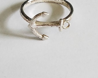 Sterling anchor ring size 7