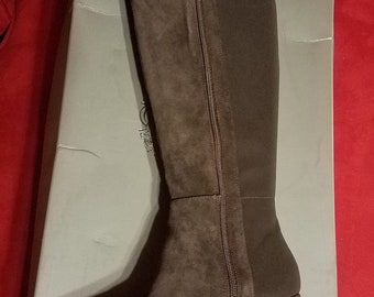 Vince Camuto Boot Size 8