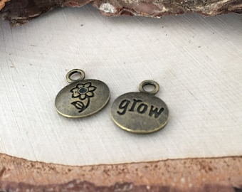 Bloom & grow engraved pendants / 2