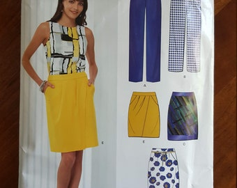 Newlook uncut skirt and pants pattern ... both with pockets.  Pattern #6918