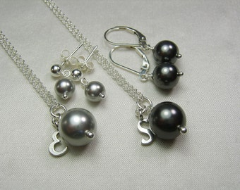 Bridesmaid Jewelry Set of 5 Personalized Bridesmaids Gifts Bridesmaid Necklace Earrings Pearl Necklace Grey Black Wedding Jewelry