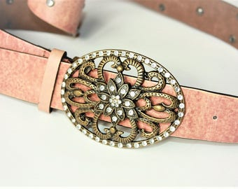 Vintage Belt with Metal Buckle - ... a Fashionista Statement Piece can fit for Size M /// L