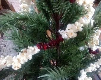 Old Fashion Christmas Cranberry & Popcorn Garland  6' - Christmas Tree Garlands, Strands And Decorations