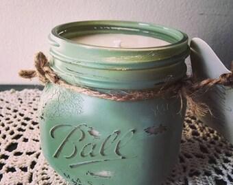 Moon Lake Musk Distressed Mason Jar Soy Candle // 16 oz. (Pint)