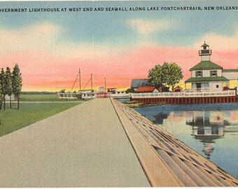 Linen Postcard, New Orleans, Louisiana, Lighthouse along Lake Pontchartrain