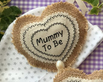 Unusual 'Mummy To Be,' gift badge,  brooch. Lovely gift for the expectant Mum at her Baby Shower.