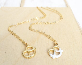 Pretzel Necklace Gold Pretzel Necklace Dipped Pretzel Gift for Her Gift for Him Chef Gift Baker Necklace Waitress Gift Foodie Jewelry
