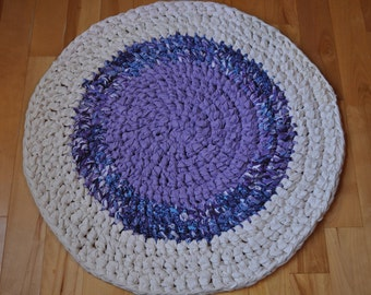 Jellyfish colors, purple and cream, crochet round rag rug, beach cottage decor, farmhouse, cottage, rustic, casual, lavender, childs room