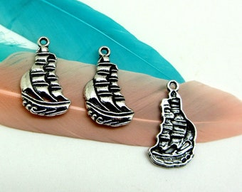 4 sailboat charms, silver Metal old money, boat, sea, marine 2, 22 * 13 mm